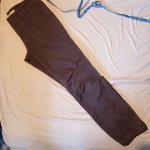 TNA size 0 rutched knee utility pant